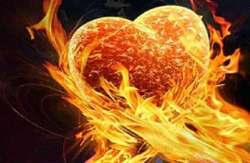 पत्नी को जलाकर मारने का प्रयास, पति फरार