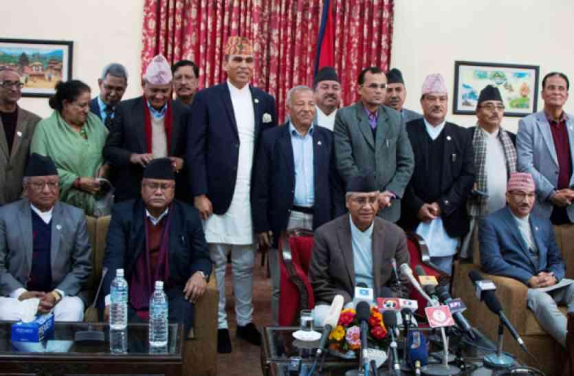 नेपाल: केपी शर्मा ओली दूसरी बार बने प्रधानमंत्री, राष्ट्रपति ने दिलाई पद एवं गोपनियता की शपथ