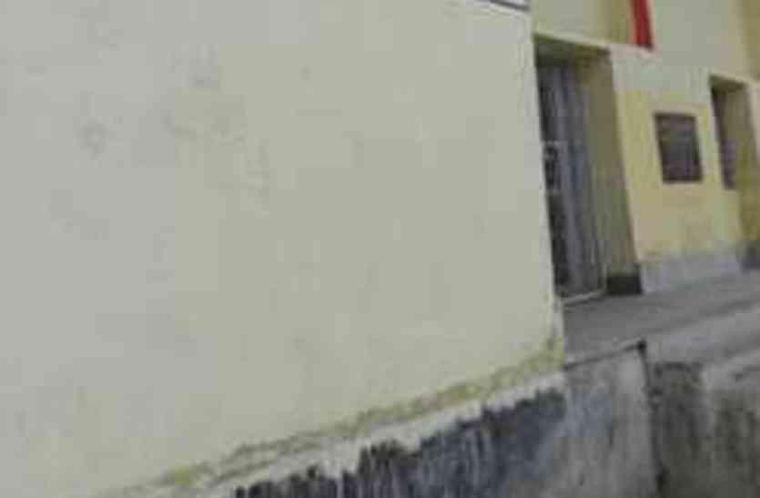CG Analytical News : कटघोरा विधायक ने विधायक मद की राशि का 75 फीसदी हिस्सा मंच निर्माण में लगाया