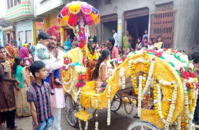 भूत-पलीत नरमुंड ने नृत्य किया शिव भोला भंडारी की बारात में,गाजे-बाजे से निकली बारात