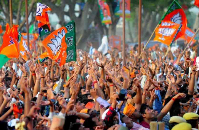 MP की विधानसभाओं में बढ़े युवा मतदाता, 2018 के विस चुनाव में होंगे निर्णायक, यहां पढ़ें पूरी खबर