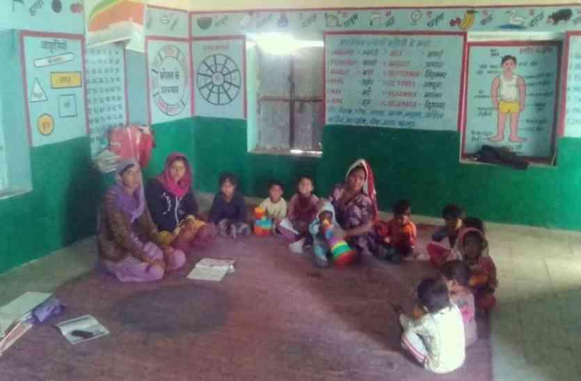 महिला एवं बाल विकास परियोजना: कागजों में धूल फांक रही नन्दघर योजना