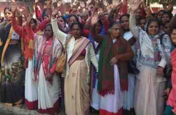 योगी सरकार की मुश्किलें बढ़ाएंगी आशा बहुएं, जाएंगी अनिश्चितकाल के लिए हड़ताल पर