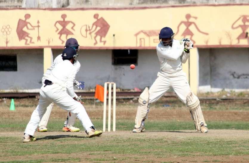 रणजी मैच दूसरे दिन केवल 79 रन जोड़ 379 पर सिमटी टीम राजस्थान