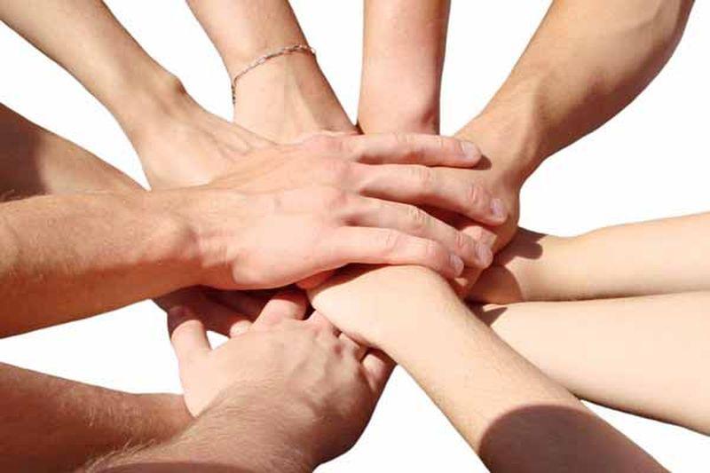 लोगों की मदद कर रहा 'सहायता ग्रुप'