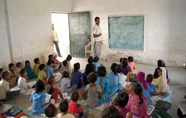 केन्द्रीय विद्यालय दंतेवाड़ा में पीजीटी, पीआरटी, टीजीटी और अन्य पदों पर भर्ती, करें आवेदन