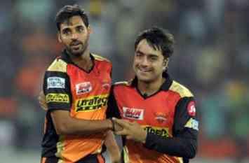पहले ICC वन-डे और टी20 रैंकिंग में नंबर वन और अब सबसे युवा कप्तान बना ये गेंदबाज