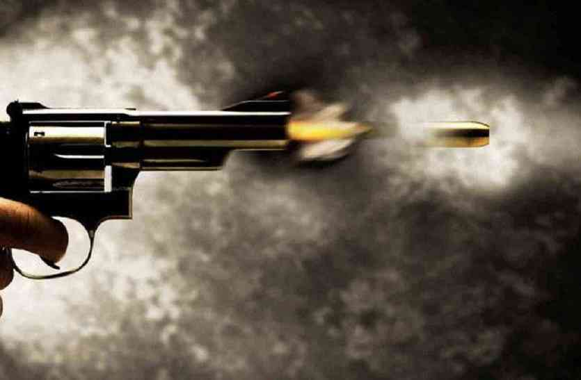 firing on Contractor in jaunpur