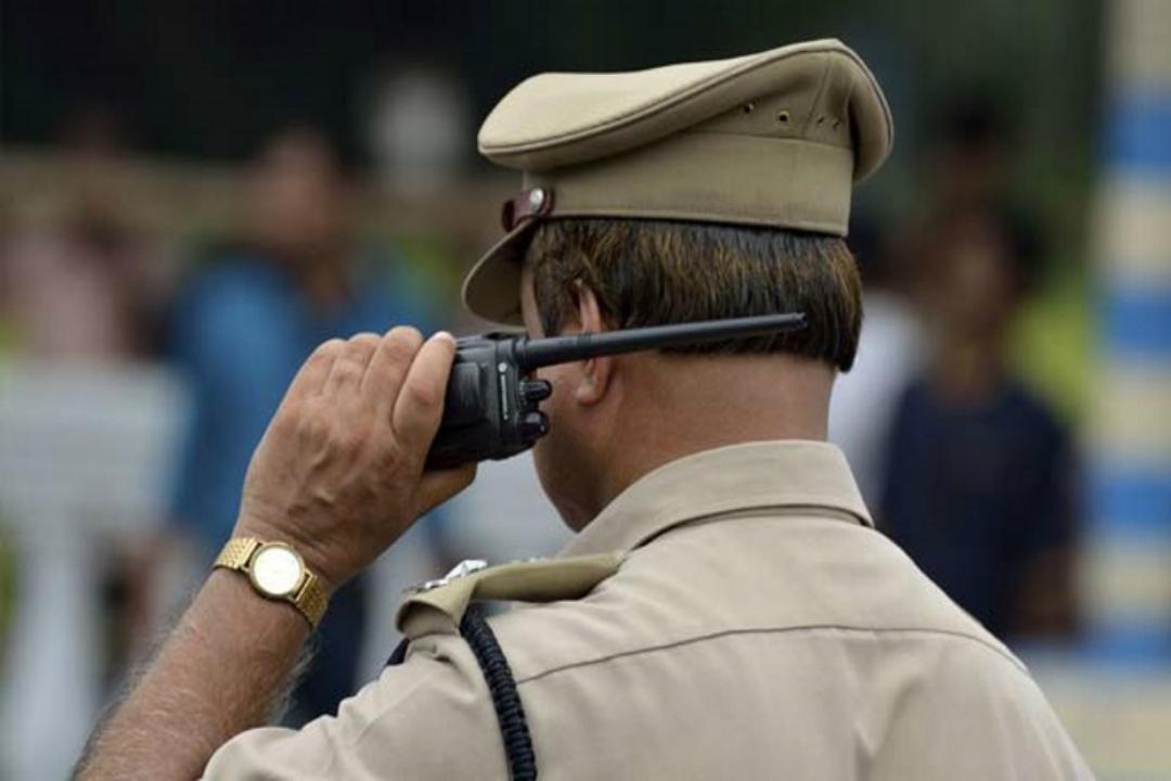 पुलिस ने किया आठ लोगों पर मामला दर्ज