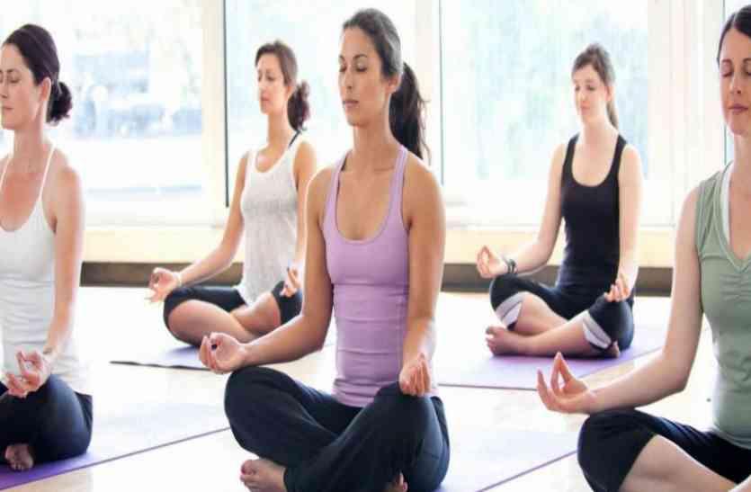 यूपी के इन 41 जिलों में दवा के साथ-साथ योगा से मुफ्त में होगा इलाज