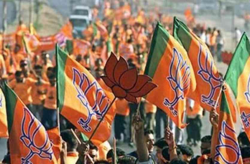 भाजपा नेता के पिटने के बाद पार्टी में फूट, दर्ज नहीं करा पाए एफआईआर