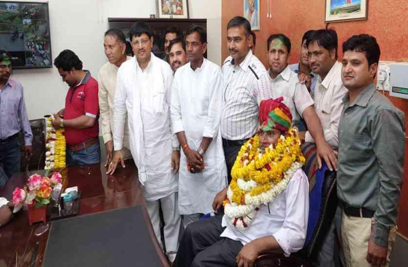 दौसा में मुरली मनोहर शर्मा बने सभापति, भाजपा को नहीं मिला प्रत्याशी