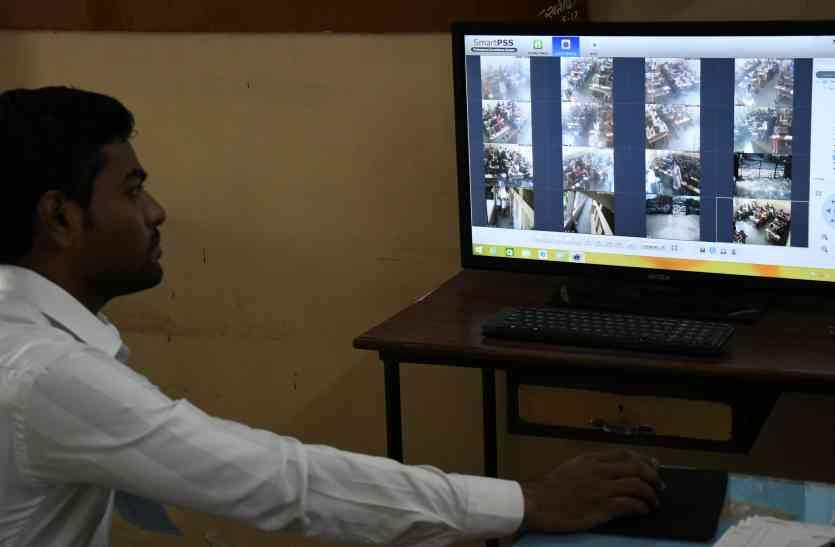 गुजरात  बोर्ड परीक्षा 2018 : कैमरों के सामने ही खोली जाएगी प्रश्नपत्रों की सील