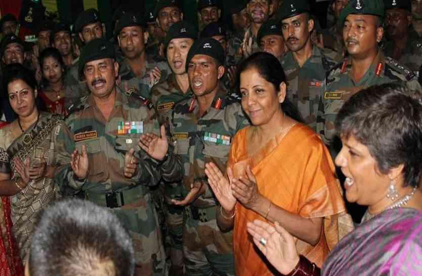 रक्षा मंत्री ने बढ़ाई सेना की ताकत, युद्ध की तैयारियों के लिए बढ़ा वित्तीय अधिकार