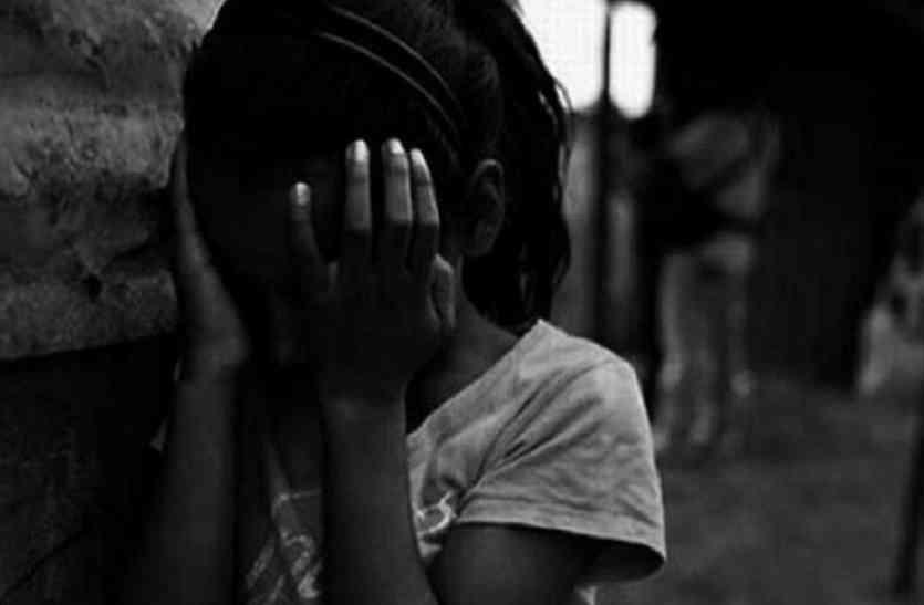 सात साल की बच्ची से मदरसे में पढ़ाने वाले मौलवी ने किया रेप, गिरफ्तार