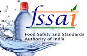 सुरक्षित है बोतल बंद पानी, प्लास्टिक से नहीं कोर्इ खतरा : FSSAI