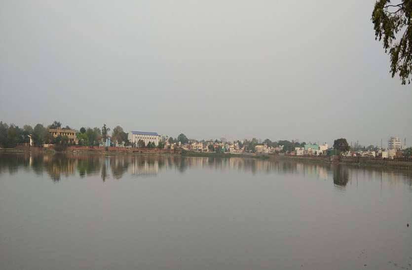 जानिए रायपुर के किस इलाके में कितनी गहराई में मिलता है पानी