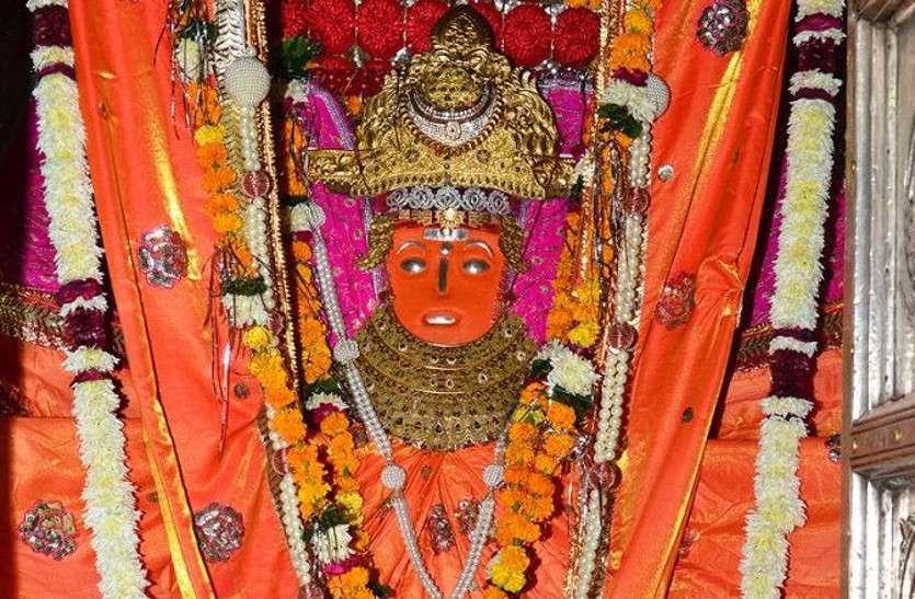 अनोखे चमत्कार के लिए प्रसिद्ध है शेखावाटी का माता का ये मंदिर, यहां से काेर्इ नहीं लाैटता खाली हाथ