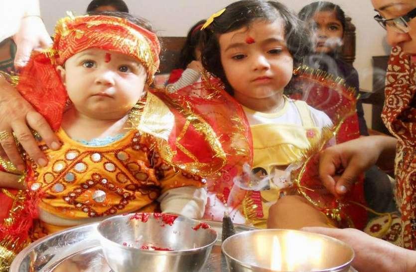 नवरात्र पर क्यों करते हैं 10 साल तक की कन्याओं का पूजन, जानें महत्व और विधि