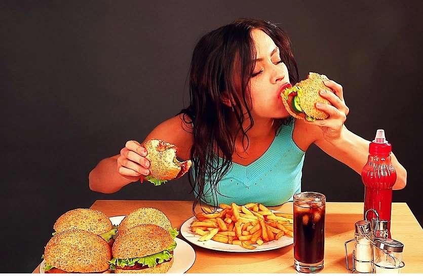 खाना ज्यादा या कम कर दिया है तो पड़ सकते हैं परेशानी में