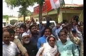 एससी एसटी एक्ट: दलितों के समर्थन में कांग्रेस ने भी साधा भाजपा पर निशाना