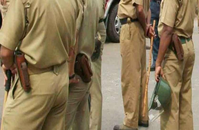 आजमगढ़ के अहरौला में जमकर चले लाठी-डंडे, महिला समेत आठ घायल, दबंगों में मड़ई भी फूंकी