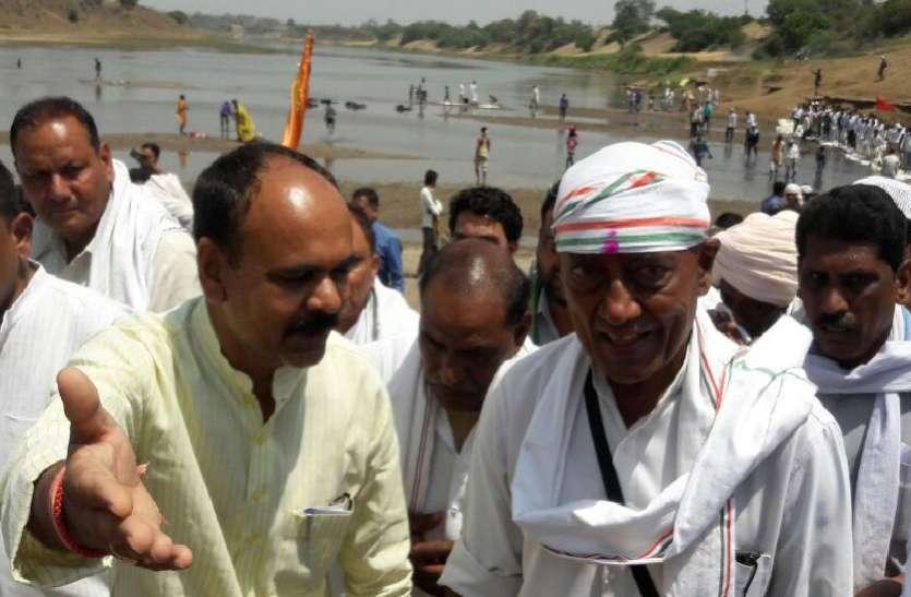 CM पद की दावेदारी पर ये बोले दिग्विजय, देखें वीडियो