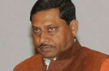 लापता हैं सांसद डॉ.राम शंकर कठेरिया! सीएम पोर्टल से एसएसपी को दिए तलाशने के आदेश