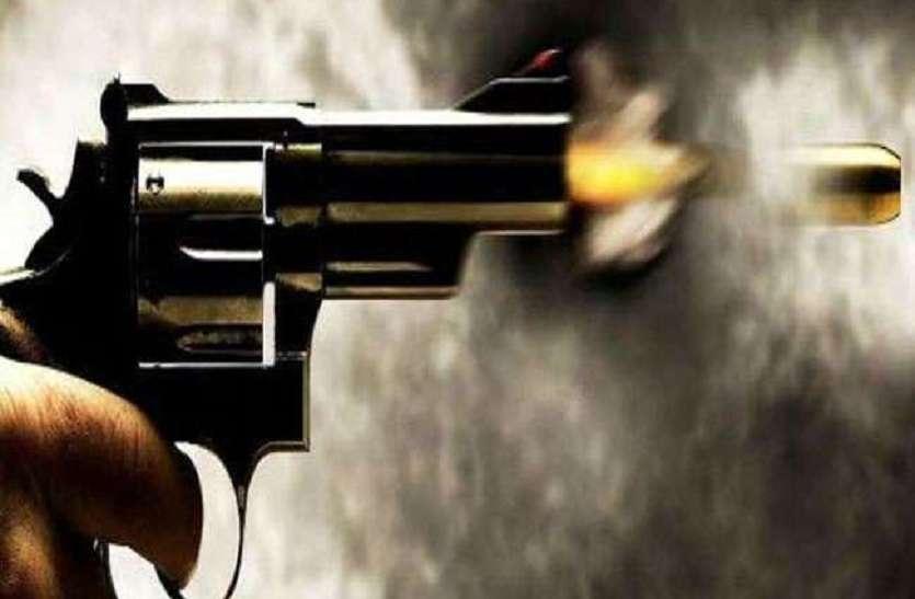 आजमगढ़ में दो पक्षों में तनाव, हुई फायरिंग और चली लाठी, आधा दर्जन घायल