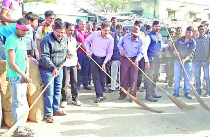 जिले में 384 पंचायतों में होंगे स्वच्छ भारत दिवस समारोह