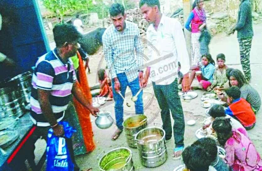 32  सरकारी स्कूलों में नहीं बनेगा मिड डे मील, 5,017 विद्यार्थी चखेंगे केंद्रीयकृत रसोई का खाना