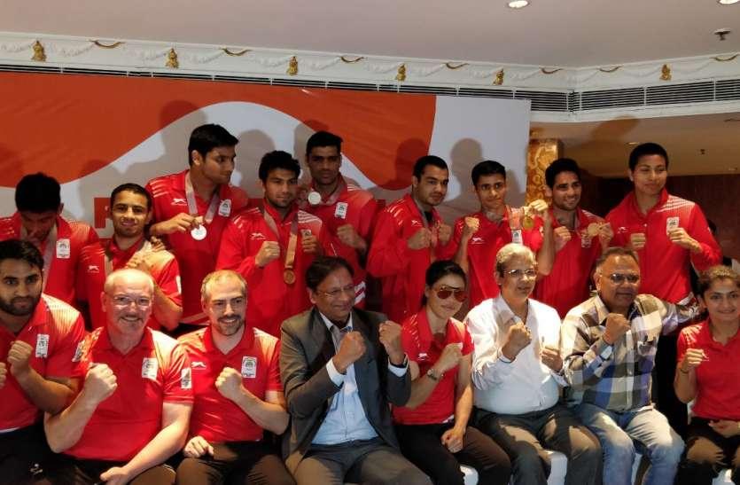 गोल्ड कोस्ट में चमक बिखरने के बाद एशियाई खेलों के लिए कमर कास रहे मुक्केबाज