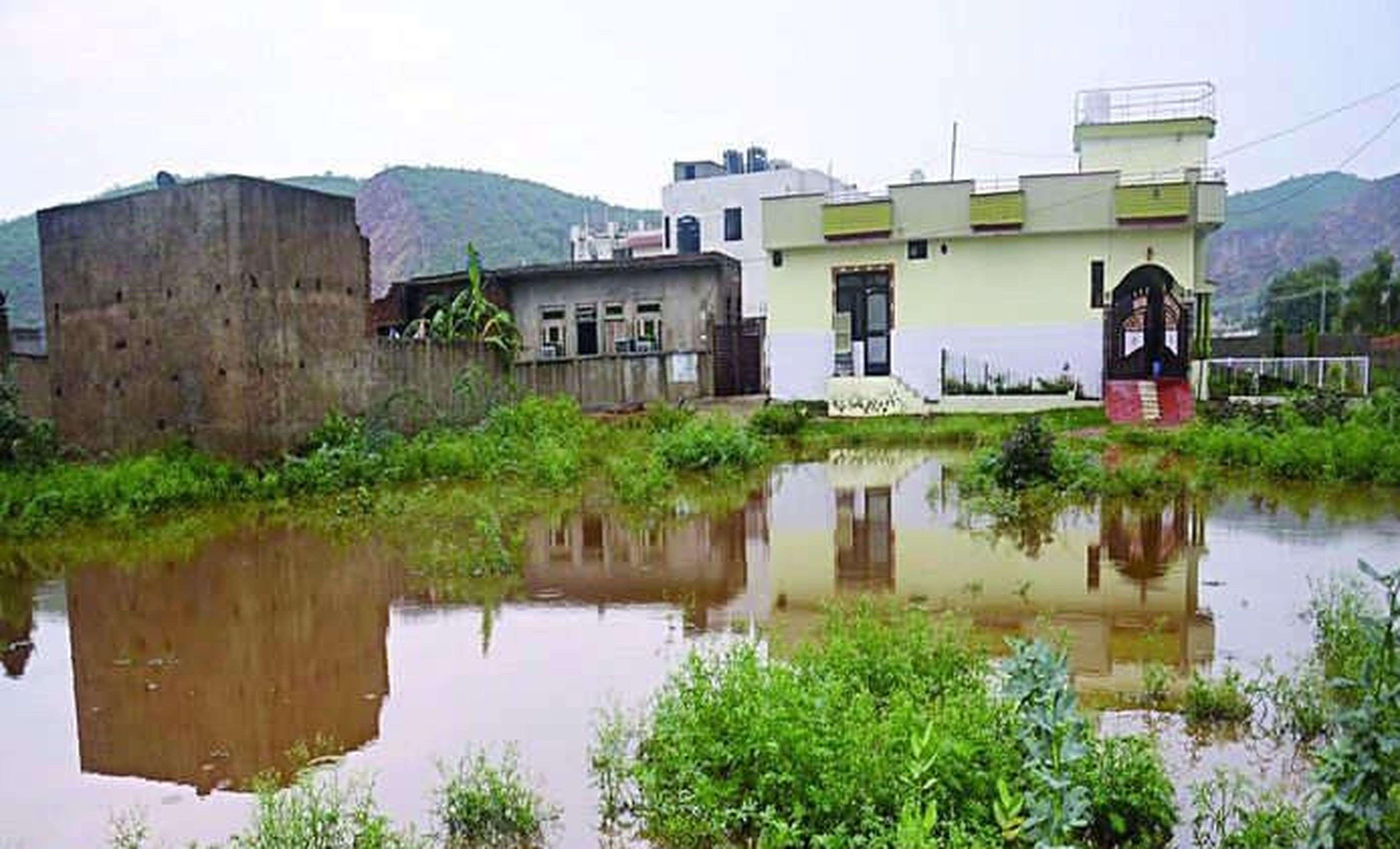 Investigation of illegal plotting at prem ratnakar dam
