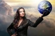 मानवीकरण के लिए संघर्षरत है स्त्री
