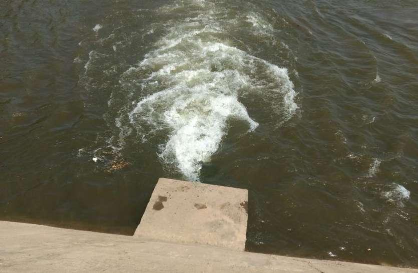 घुड़चाल डेम से छुड़वाया पानी, 2 दिन में पहुंचेगा मेहतगांव डेम