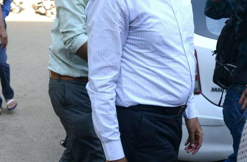 आरोपी एसपी पहली मई तक रिमाण्ड पर