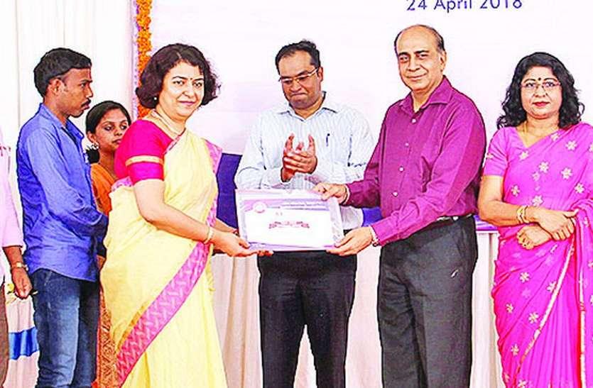 बेंगलूरु मंडल के 147 कर्मचारी सम्मानित