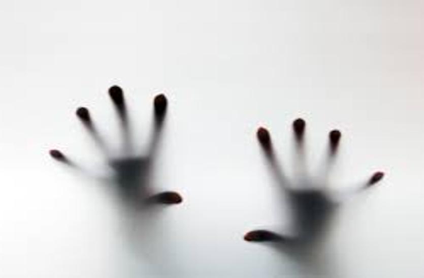 मरने से पहले स्कूल संचालिका ने पति और भतीजी को फोन पर क्या कहा