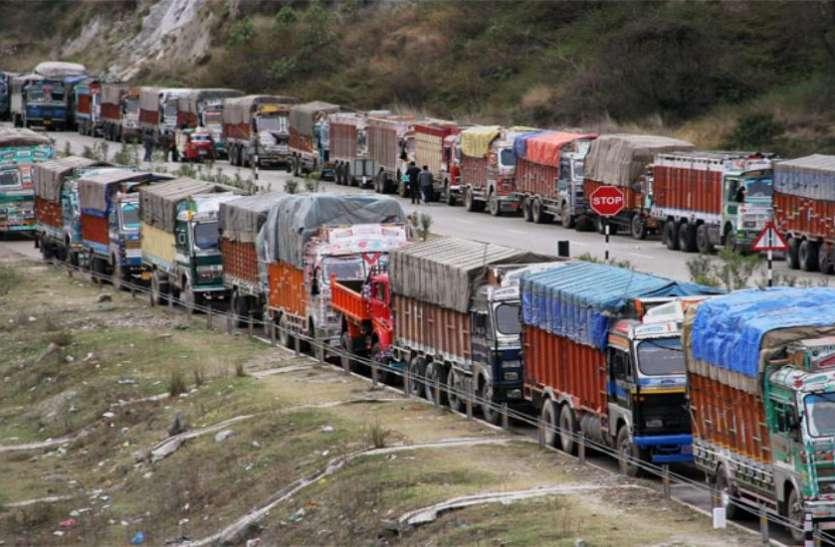 तेल की बढ़ती कीमतों से परेशान ट्रांसपोर्टर करेंगे हड़ताल, बढ़ सकती है महंगाई