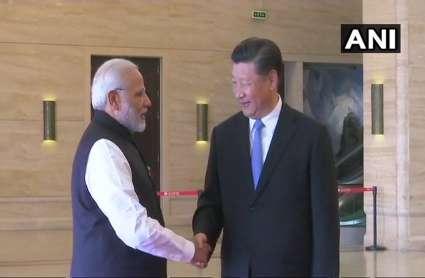 वुहान में मिले पीएम मोदी और राष्ट्रपति जिनपिंग, हुई दोस्ती के नए युग की शुरुआत