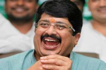 बाहुबली क्षत्रिय नेता राजा भैया लड़े यह चुनाव तो जीत मिलेगी या हार