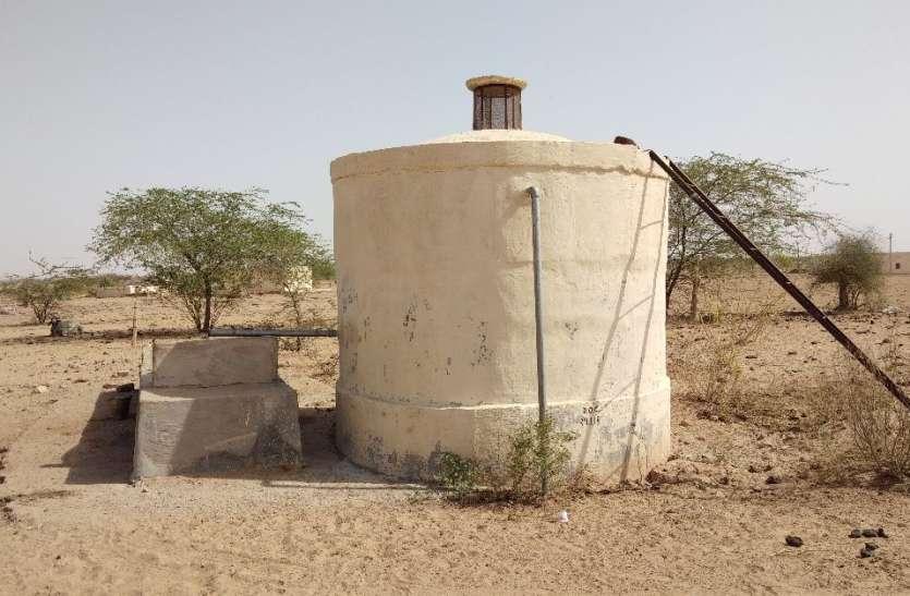 JAISALMER NEWS- भीषण गर्मी में राजस्थान के इन गांवों में पेयजल संकट, ऐसे हो रहे बुरे हाल