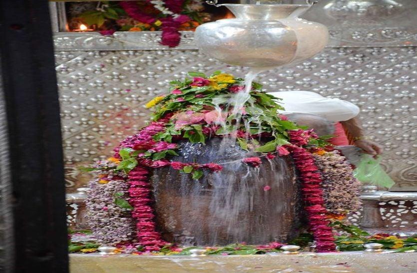 महाकाल मंदिर में अब इस अखाड़े का रहेगा दखल...अफसर नहीं कर पाएंगे मनमानी