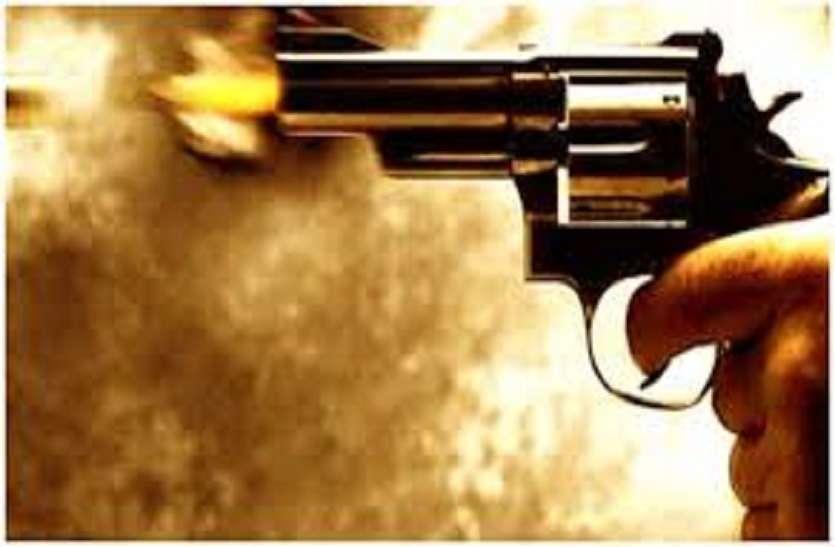 यूपी के आजमगढ़ में मुसाफिर राम की गोली मारकर हत्या, तीन बदमाशों ने की ताबड़तोड़ फायरिंग