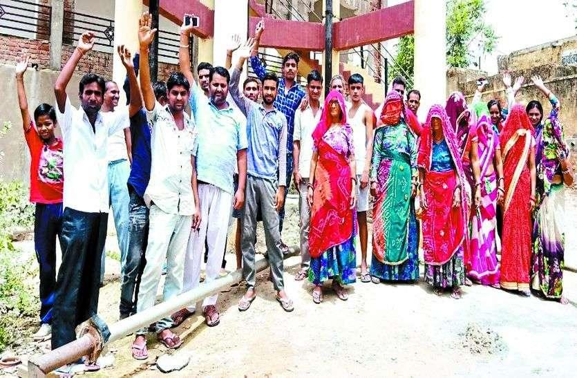 नीर बढ़ा रहा पीर : राजस्थान में पेयजल समस्या को लेकर महिलाओं में आक्रोश,  उग्र आंदोलन की दी चेतावनी