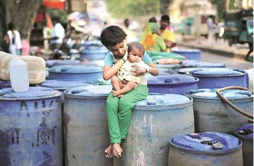 650 से अधिक गांवों में पानी की भयंकर किल्लत, लोगों में मची त्राहि-त्राहि