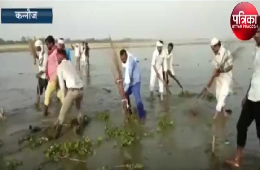 यह जानकर हिन्दू मुस्लिम दोनों वर्ग के लोग पहुंचे गंगा तट, फिर हुआ यह....  देखें वीडियो