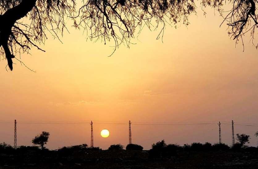 JAISALMER NEWS- राजस्थान के इस शहर में तेज हवाएं और रेत का बवंडर भी नहीं रोक पा रहा तापमान में उछाल