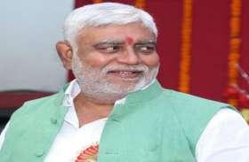 रमन सरकार के इस मंत्री ने लिया हम फिट तो इंडिया फिट का चैलेंज, जानिए उनके पतले होने का राज, Video