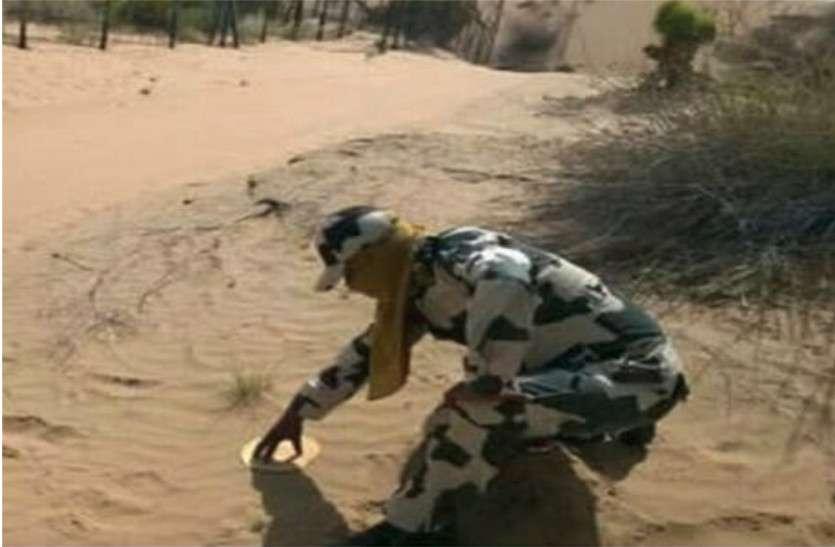 Image result for पाकिस्तान के रेगिस्तान में आँधियाँ